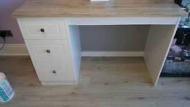 Vanity table/desk
