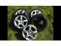 195 / 50 / 15 tyres with alloys