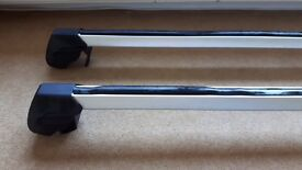 VW Roof Bars (Passat) and 4 bike holders sold separately or bundle