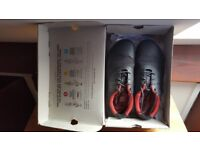 Nearly new waterproof VivoBarefoot shoes Size UK 7/ EU 40