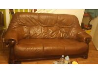 Leathe sofas italian in brown