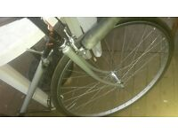 racing bike for parts as frame is cracked but all good parts