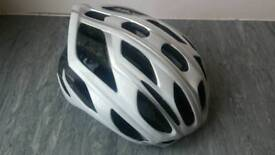 Specialized helmet large