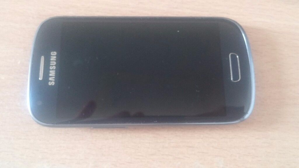 Samsung Galaxy S3 mini - EE- £55, Few scuffs, but all in excellent working order. ONO