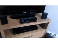 Samsung Home Cinema System with Sub woofer and speaker stands