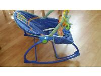 Baby vibrating rocking chair