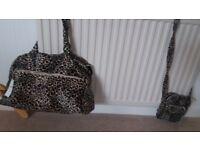 Leopard skin shoulder bag