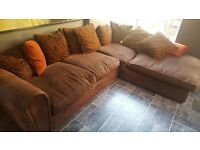 Corner Sofa in good condition 3x1