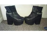 Retro woman boots