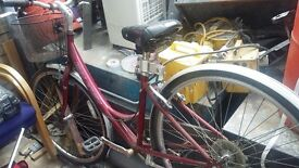 Ladys rayliegh bike