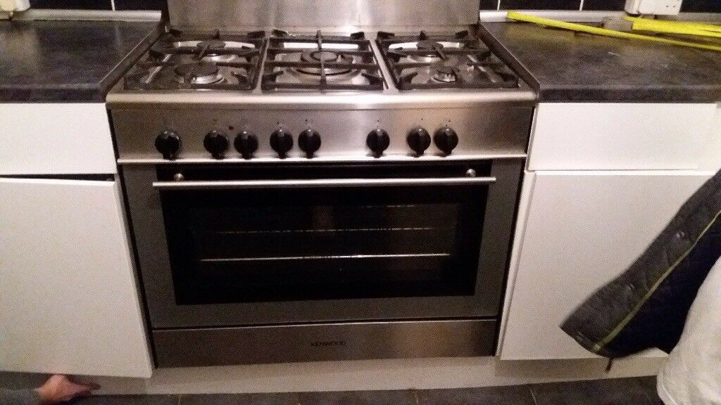 Kenwood freestanding range type cooker. Gas hob and electric fan oven/grill Stainless steel