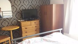 Double Room for Rent - Poole