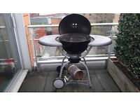Barbeque:Weber One-Touch Deluxe 57cm Kettle Barbecue
