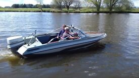 Glastron speedboat 16ft with V4 90hp Johnson engine