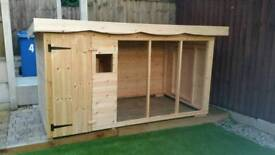 Brand new Deluxe extra large dog kennel and run RRP £900
