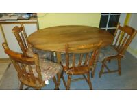 Solid Pine Farmhouse Style Oval Table with 4 Chairs