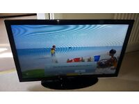"Excellent condition slim Samsung 32""HD LED TV UE32D4003 Freeview, HDMI. etc."