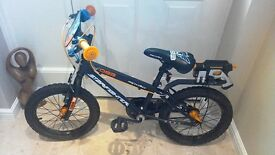 Boy's Apollo Starfighter Bicycle Age 5-8 As New Used 6 Times
