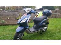 PIAGGIO fly 125 cc scooter.low miles