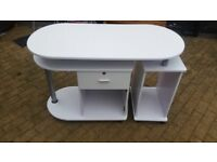 Desk/table. Free local delivery