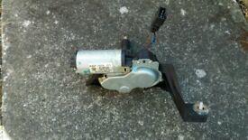 ***Vauxhall Astra g mk4 rear wiper motor forsale***