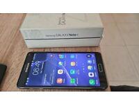 Pristine condition & boxed Galaxy Note 4 (unlocked)