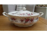 Royal Albert Lavender Rose Large Tureen