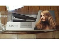 Babyliss hair crimpers. Brand new in box..