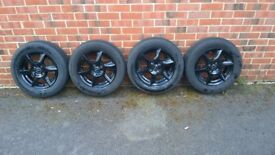 Borbet 14' inch alloy wheels with tyres
