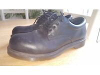 Mens Dr Martens Airwair Safety/Work Shoes in Black size 10