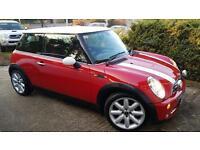 Red Mini Cooper 1.6