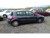 Renault Megane for spares or repairs