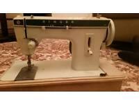 Vintage Singer 257 sewing machine