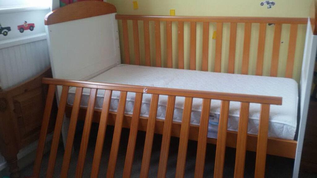 Bargain - Cot Bed
