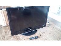 "32"" inch LG flat screen tv"
