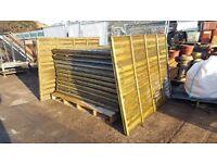 Garden Fence Panel Waney/Overlap 4 ft 6 ins x 25 / 2 ft x 40 / 3 ft 6 ins x 60