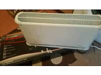 Dimplex convector heater with thermostat