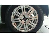 Focus mk1 alloys 15 inch in Mint condition with all mint tyres