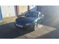 Mazda MX5 1.8 2000 British Racing Green