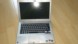 Sony Vaio VPCSB Ultrabook laptop Intel 2.2ghz Core i3 2ND generation processor ATI Graphics