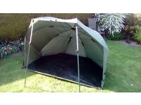 Fishing brolly / shelter