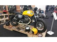 Moto Guzzi V7 custom build Scrambler Brat Cafe Racer
