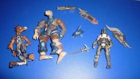 Haylo and Gears of Wars Figures