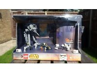 Lego STAR WARS - Rare Ex Shop Display - 75090 & 75083 AT-DP