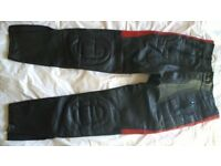 Buffalo leather Motorcycle trousers. Black/red. 32""