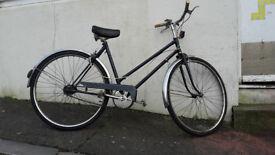 Navy Blue Classic Retro Town Bike - 20 inch Medium Frame - Sturmey Archer 3 Speed - Fully Serviced
