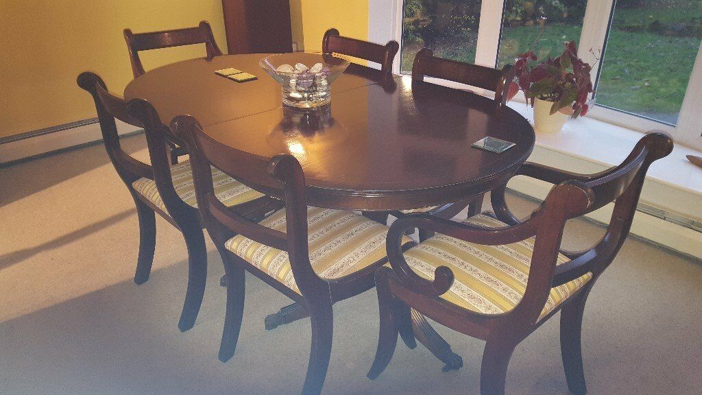 Extending Table 6 Chairs 2 Carvers Small Slight Damage On Top