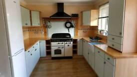 Kitchen Units Belfast Sink & Butcher Block Work Tops