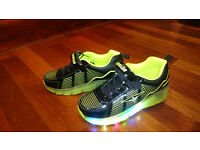 Heelys style LED Kids Trainers - Size 5 (38)