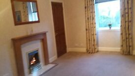 Main Door Flat, 2 bed, central Dunfermline